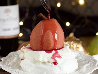 Mulled Wine Pear Pavlova