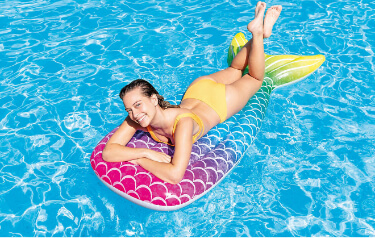 fun in the sun shop floats and pool accessories