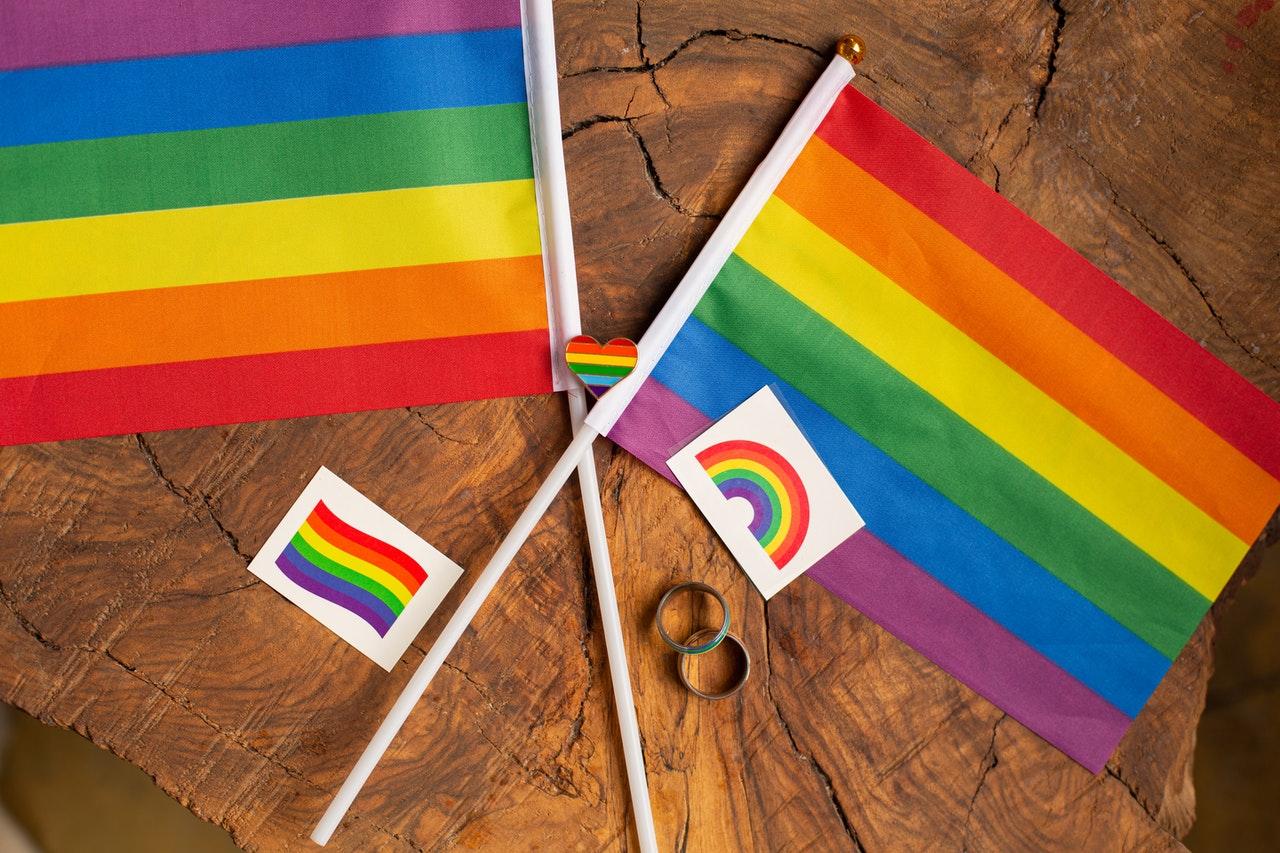 LGBTIQ-love-is-love-flag.jpg
