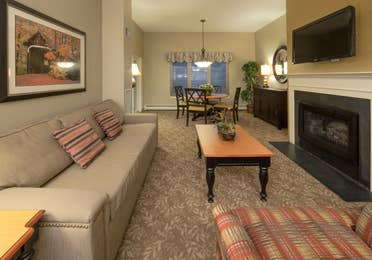 Living room in a two-bedroom villa at Mount Ascutney Resort in Brownsville, VT