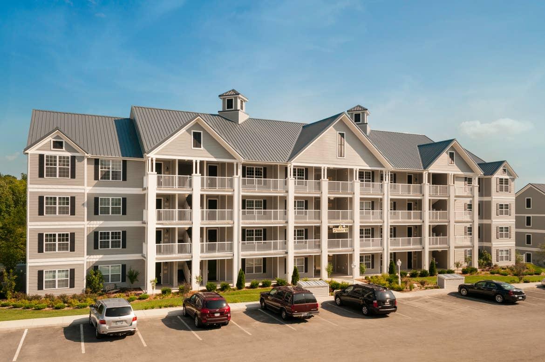 Exterior view of villas at the Holiday Hills Resort in Branson Missouri.