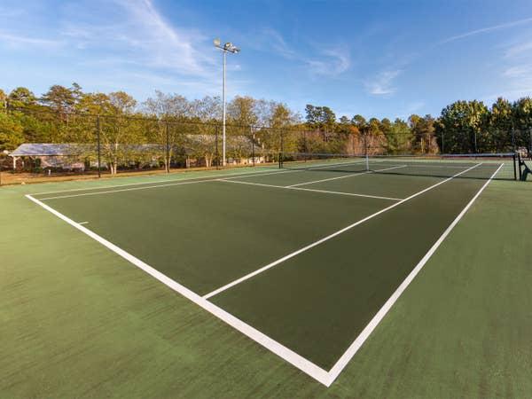 Tennis court at Apple Mountain Resort in Clarkesville, GA