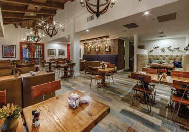 Southwestern decor-themed dining room at Scottsdale Resort in Arizona