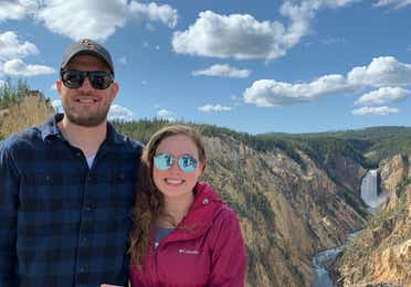 Ashley and her boyfriend at Yellowstone