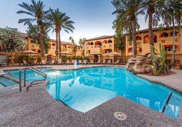 The pool and resort buildings at Scottsdale Resort in Arizona