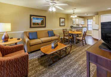 Apple Mountain Resort two bedroom living room.