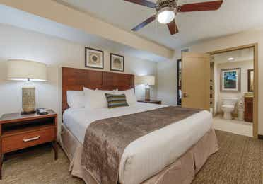 Scottsdale Resort One-Bedroom Deluxe master bedroom