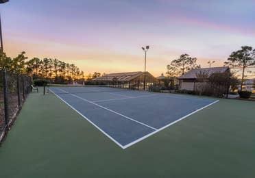 Outdoor tennis court at Piney Shores Resort in Conroe, Texas