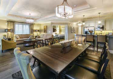Dining room in a three-bedroom Signature Collection villa at South Beach Resort