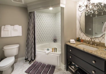 Bathroom in a one-bedroom Signature Collection villa at Williamsburg Resort