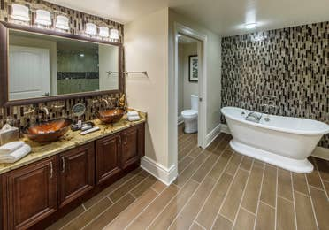 Bathroom with tub in a Signature Collection villa at Smoky Mountain Resort in Gatlinburg, Tennessee.