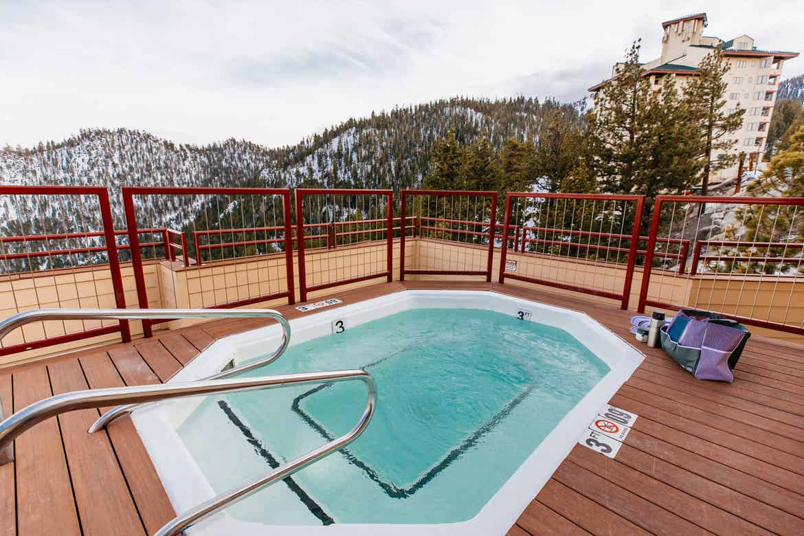 On of the rooftop hot tubs at Tahoe Ridge Resort.