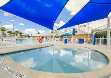 Outdoor kiddie pool at Orlando Breeze Resort in Orlando, Florida.