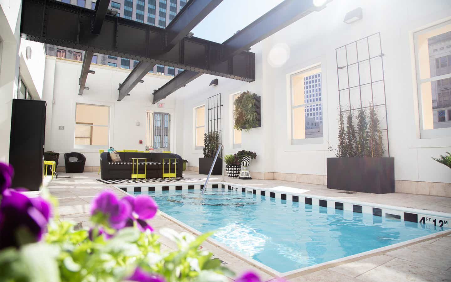 Rooftop dipping pool at New Orleans Resort in Louisiana.