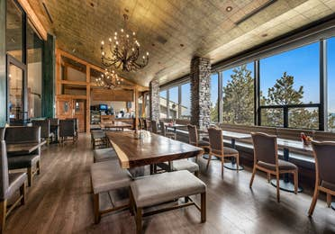 Dining room in The Ridge Club Bistro at Tahoe Ridge Resort
