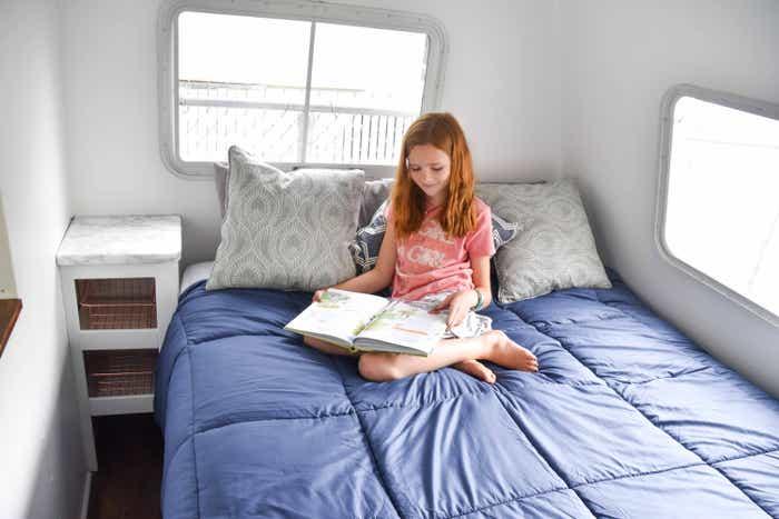 Jessica's daughter reading