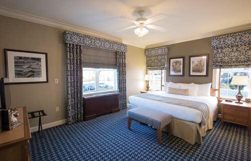 Master bedroom in a one-bedroom villa at Williamsburg Resort