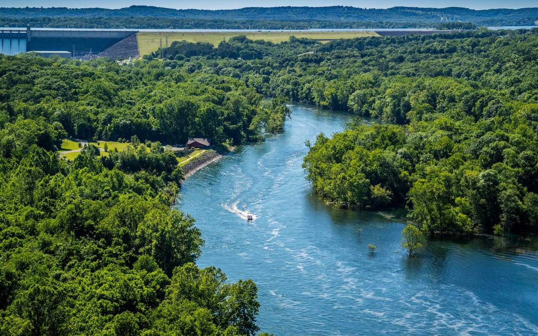 Aerial view of river in Branson, Missouri near Ozark Mountain Resort.