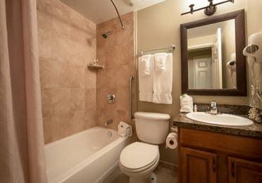 Bathroom in a two-bedroom villa at Mount Ascutney Resort in Brownsville, VT
