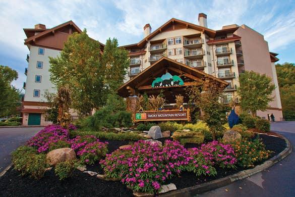 Entrance of Smoky Mountain Resort