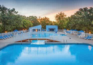 Outdoor pool at Ozark Mountain Resort in Kimberling City, MO.