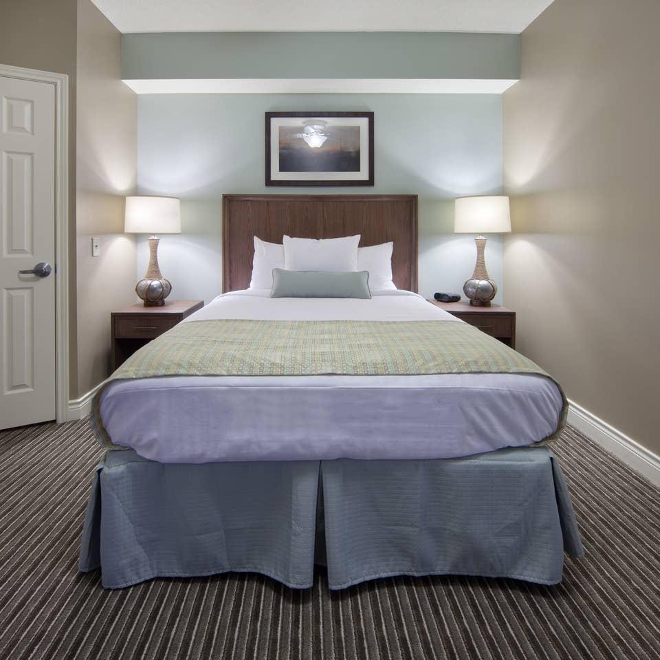 Guest bedroom in a villa at Galveston Beach Resort