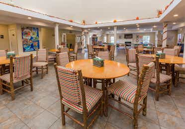 Fox River Grille and indoor seating at Fox River Resort in Sheridan, Illinois.