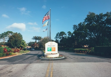 Property sign and entrance to Orange Lake Resort near Orlando, Florida