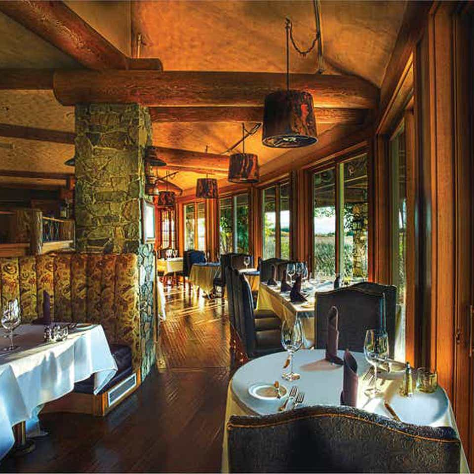 Interior view of a restaurant at Tahoe Ridge Resort