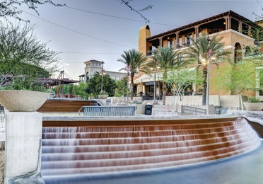 Water feature, shops and restaurants in Downtown Scottsdale, Arizona