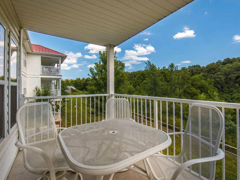 Holiday Hills Resort balcony