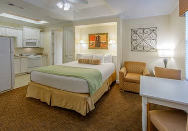 Bedroom with kitchenette in a two-bedroom presidential villa at Galveston Seaside Resort
