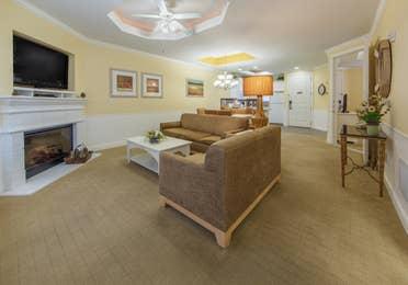 Living room in a two-bedroom presidential villa at Apple Mountain Resort in Clarkesville, GA