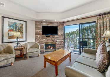 Living room in a Ridge Pointe two-bedroom villa at Tahoe Ridge Resort