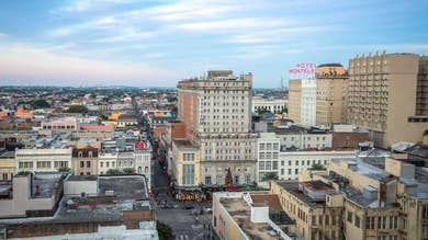 New Orleans skyline in the daytime.
