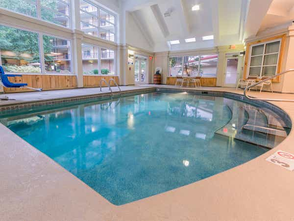 The indoor pool at Smoky Mountain Resort
