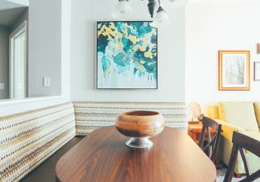 Dining area with five seats in a villa in River Island at Orange Lake Resort near Orlando, Florida