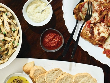 44 Mother's Day Restaurant Freebies and Deals