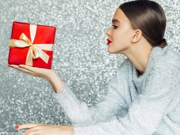 The 27 Best Gifts for the Beauty-Obsessed
