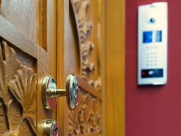 Your Guide to Video Doorbells