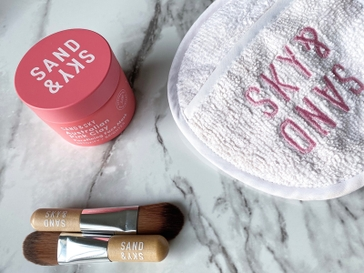 An Honest Review of the Sand & Sky Australian Pink Clay Mask