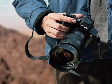 Your Guide to the Best Mirrorless Cameras