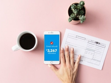 Here's Why Our Editors Love TurboTax Live