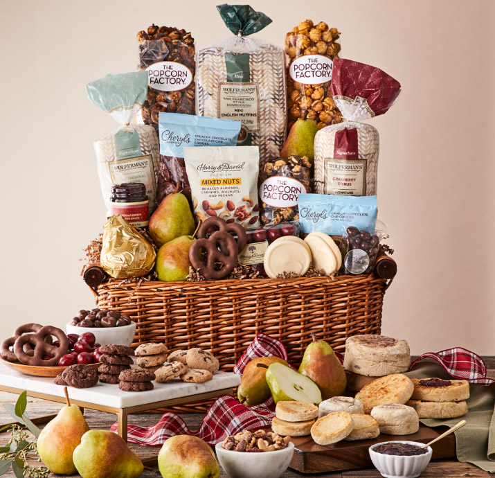 Holiday-Signature-Collection-Gift-Basket.jpg