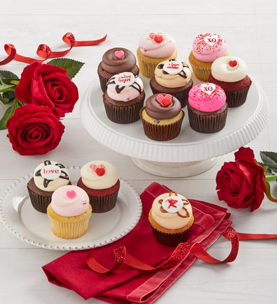 Georgetown Cupcakes Valentine's Day Asst. 12 ct