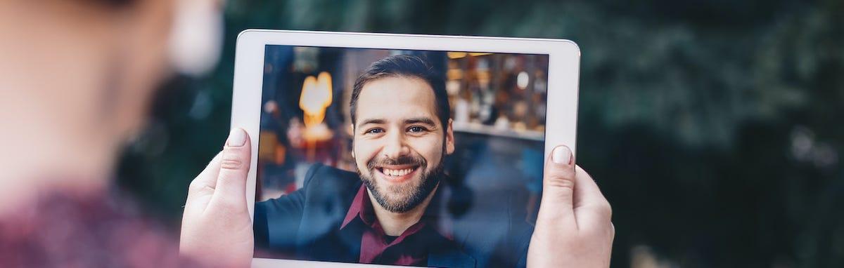 Llamada a larga distancia virtual por Skype