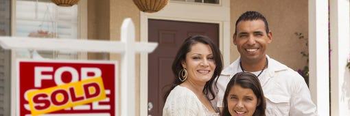 ¿Qué tengo que hacer para comprar una casa, hipotecarla o venderla?