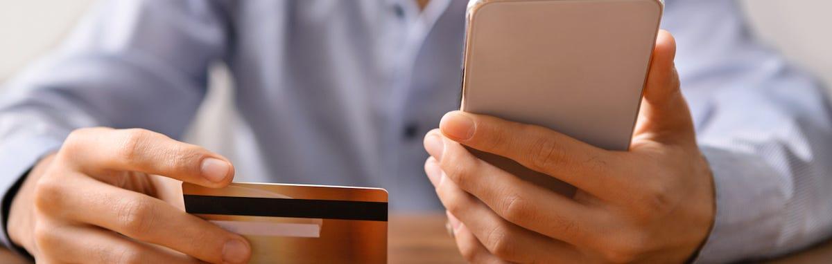 ¡Enviar remesas mediante su celular ya es posible!