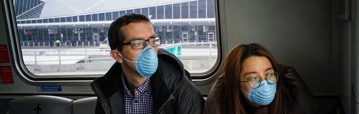 Siga los lineamientos recomendados si va a viajar durante la pandemia del COVID-19.