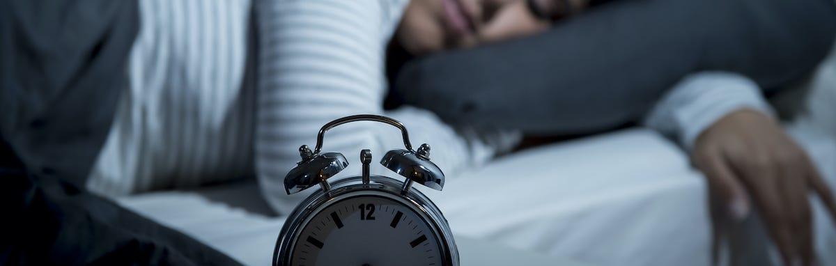 Dormir bien ayuda con controlar su peso y llegar al peso ideal